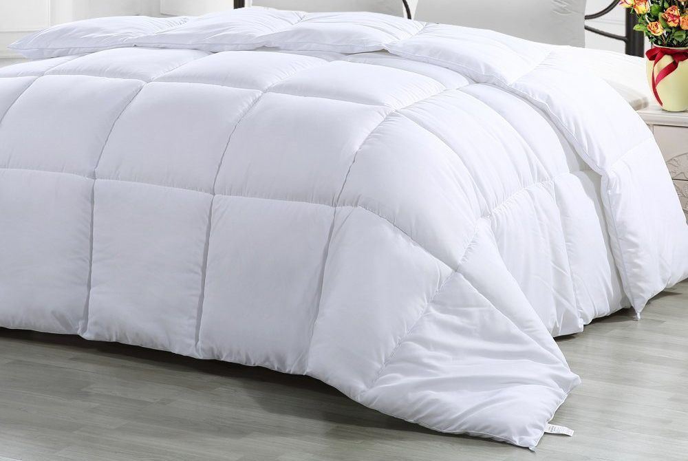 Best Comforter Material how to choose the best comforter - top picks & reviews